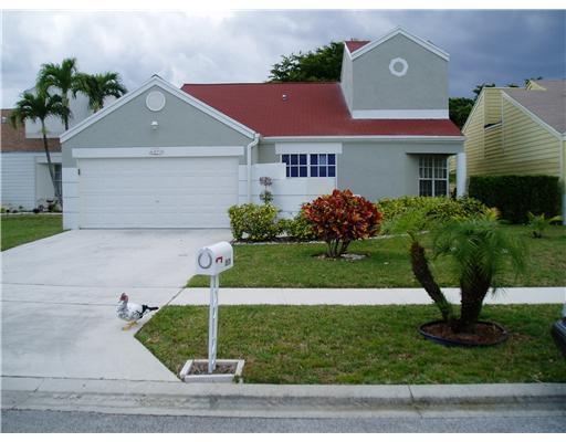 8579 Dynasty Drive Boca Raton, FL 33433