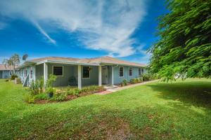 1194 NE Coy Senda, Jensen Beach, FL 34957