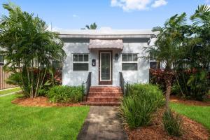 247 Royal Court, Delray Beach, FL 33444