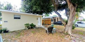 3250 E Palm Drive, Boynton Beach, FL 33435