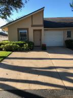 8692 Sunbird Place, Boca Raton, FL 33496