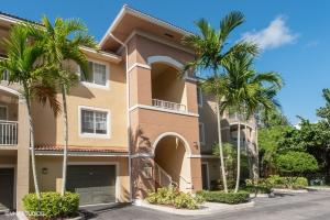 6511 Emerald Dunes Drive, 206, West Palm Beach, FL 33411