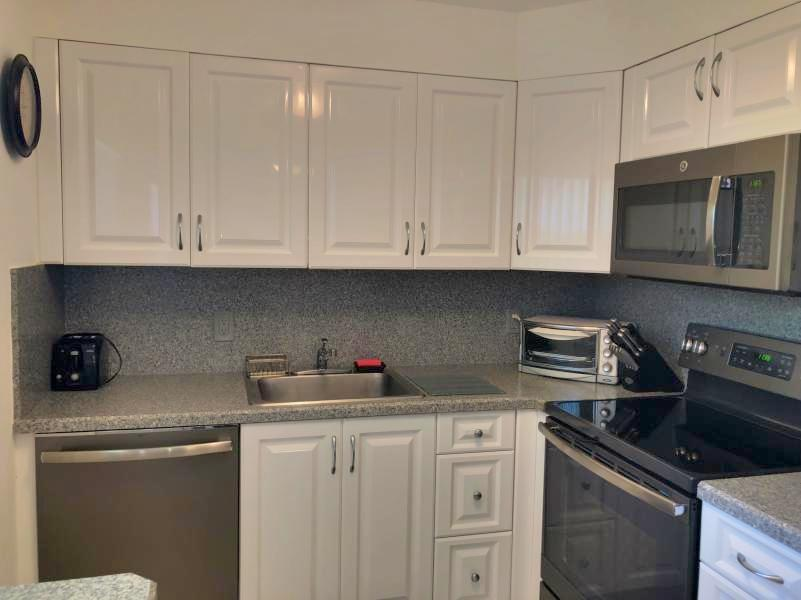 177 Seville H, Delray Beach, Florida 33446, 2 Bedrooms Bedrooms, ,2 BathroomsBathrooms,Condo/Coop,For Sale,KINGS POINT,Seville H,1,RX-10474439