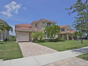 4914 Pacifico Court, Palm Beach Gardens, FL 33418