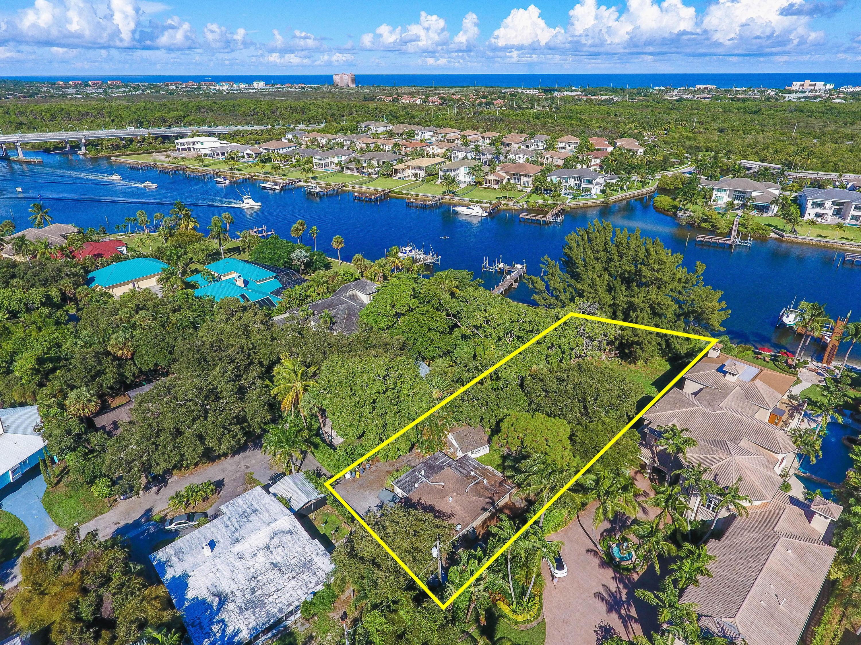 2390 Cardinal Lane Palm Beach Gardens FL 33410
