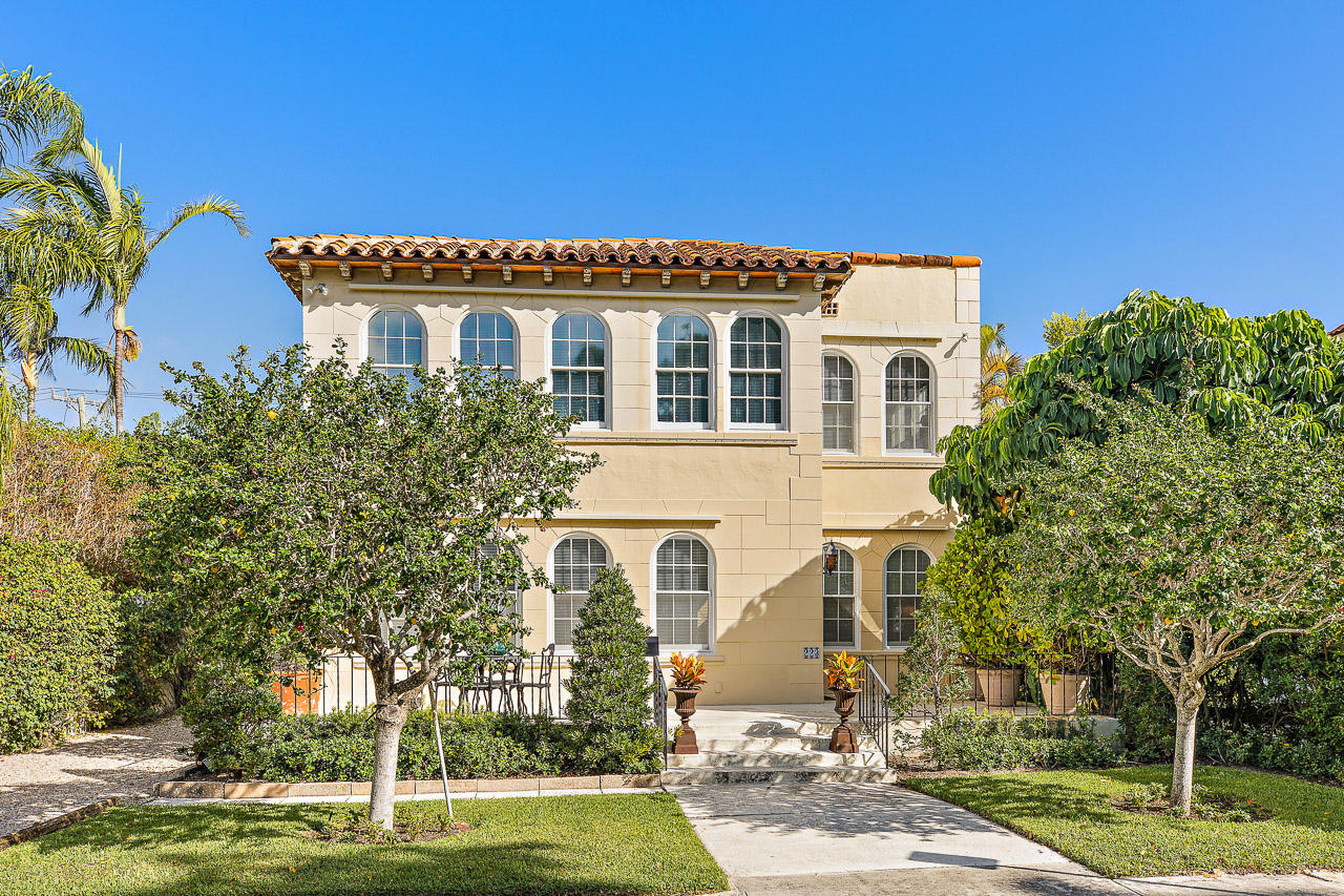 223 Seminole Avenue, Palm Beach, Florida 33480, 5 Bedrooms Bedrooms, ,5.1 BathroomsBathrooms,Single Family,For Sale,Seminole,RX-10478362