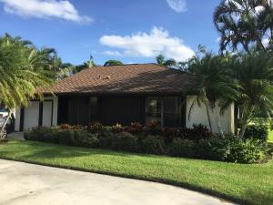 13395 Crosspointe Drive, Palm Beach Gardens, FL 33418
