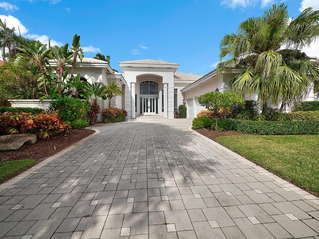 1027 Grand Isle Terrace, Palm Beach Gardens, Florida 33418, 4 Bedrooms Bedrooms, ,4 BathroomsBathrooms,Single Family,For Sale,GRAND ISLE,Grand Isle,RX-10475133