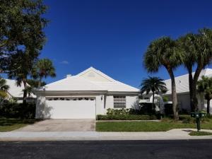 44 Dorchester Circle, Palm Beach Gardens, FL 33418