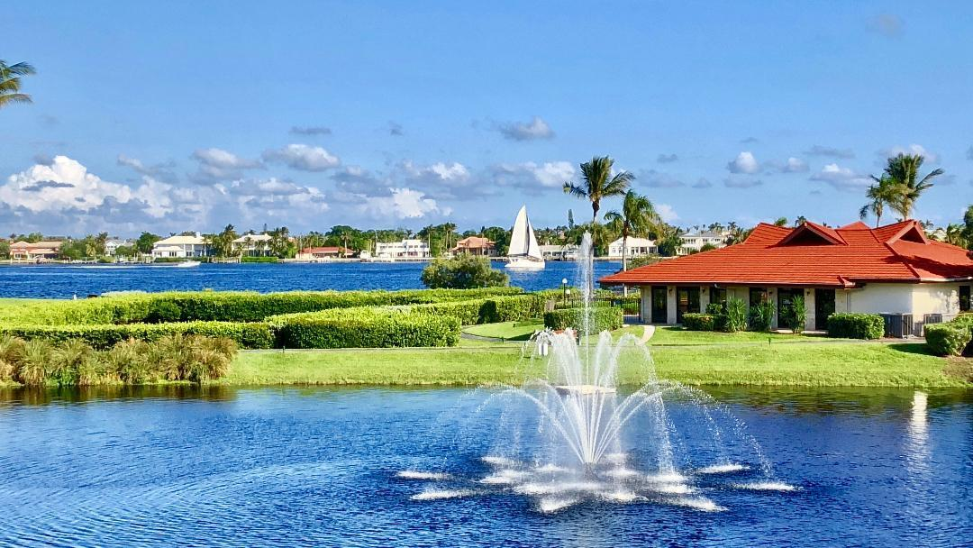 Fountain and Clubhouse