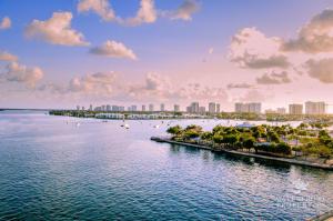 314 Inlet Way, 203, Palm Beach Shores, FL 33404