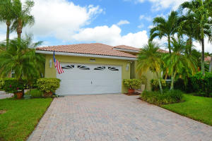 5518 Grande Palm Circle, Delray Beach, FL 33484