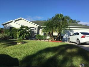 2150 SW Alminar Street, Port Saint Lucie, FL 34953