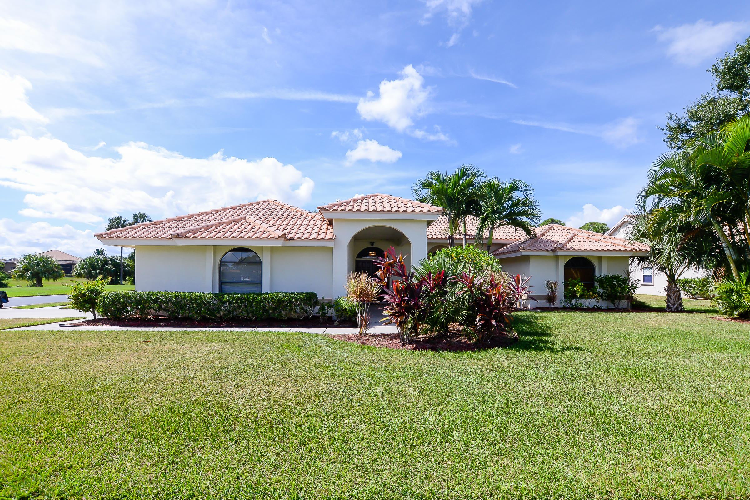 410 Sycamore Cove, Port Saint Lucie, Florida 34986, 3 Bedrooms Bedrooms, ,2 BathroomsBathrooms,Single Family,For Sale,Sycamore,RX-10475811