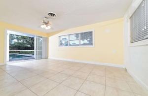 710 SW 27th Terrace, Boynton Beach, FL 33435