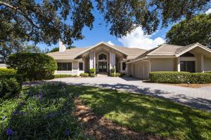 18205 SE Village Circle, Tequesta, FL 33469
