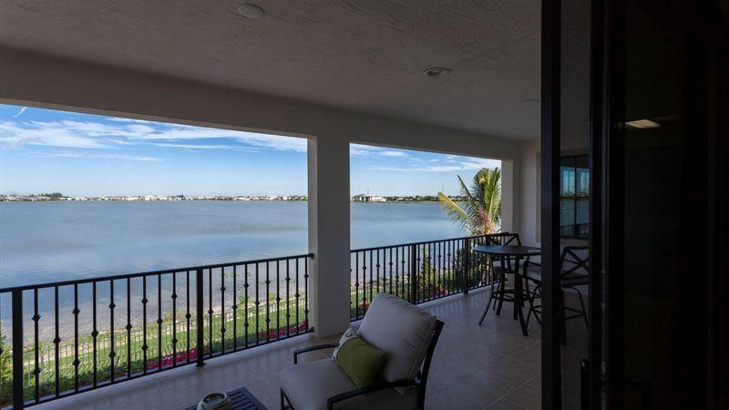 Photo of 11161 Watercrest Circle W, Parkland, FL 33076