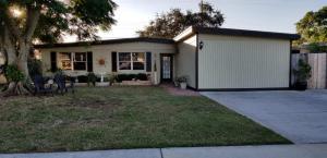 835 Hibiscus Drive, Royal Palm Beach, FL 33411