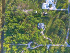 14899 Crazy Horse Lane, Palm Beach Gardens, FL 33418
