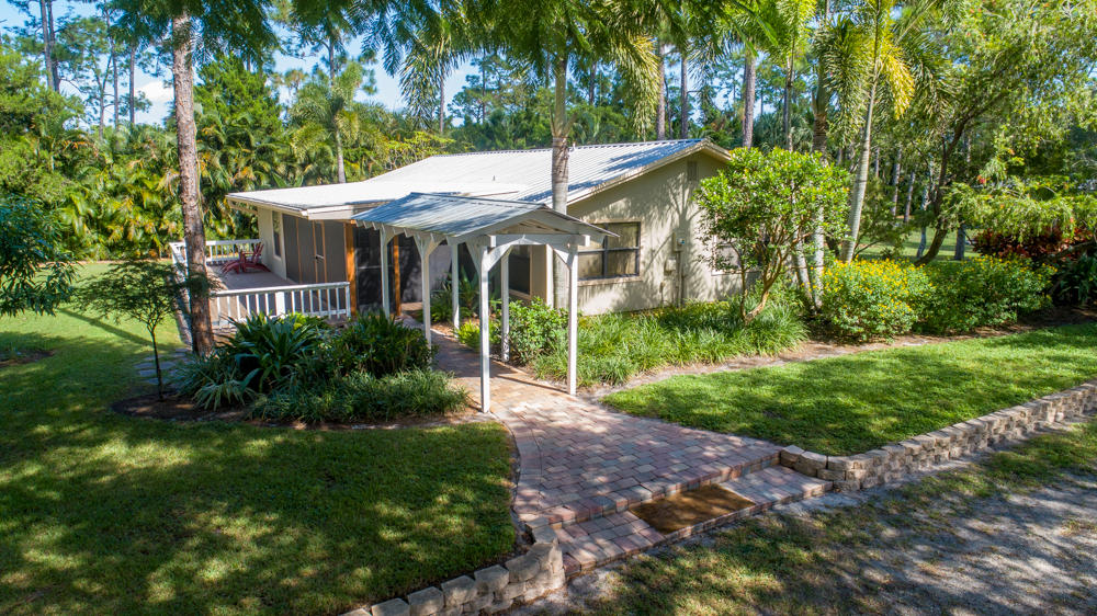 1812 B Road, Loxahatchee Groves, Florida 33470, 2 Bedrooms Bedrooms, ,2 BathroomsBathrooms,Single Family,For Sale,B,RX-10477271