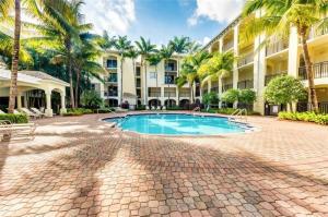 1 Renaissance Way, 106, Boynton Beach, FL 33426