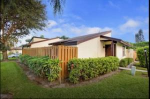 4938 Alder Drive, B, West Palm Beach, FL 33417