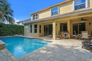 458 Woodview Circle, Palm Beach Gardens, FL 33418