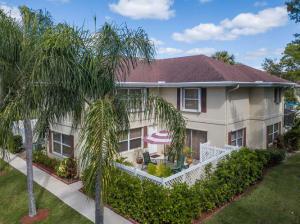 16 Amherst Court, C, Royal Palm Beach, FL 33411