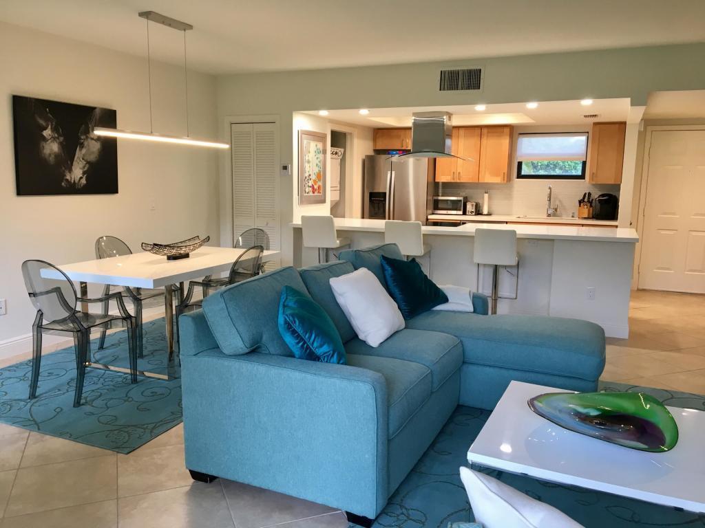 11863 Wimbledon Circle, Wellington, Florida 33414, 2 Bedrooms Bedrooms, ,2 BathroomsBathrooms,Condo/Coop,For Sale,Palm Beach Polo,Wimbledon,1,RX-10477750
