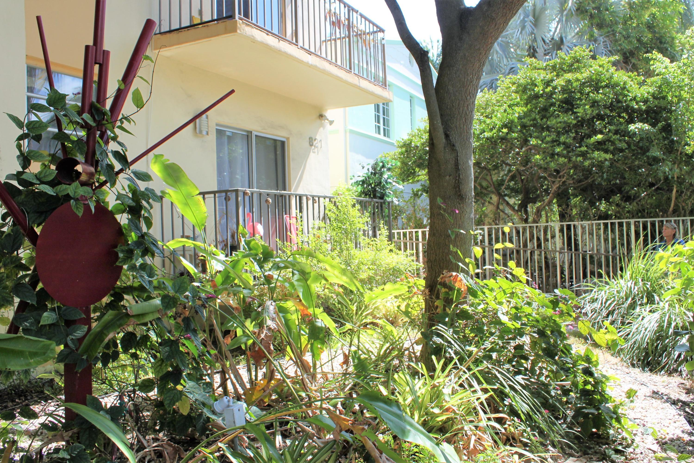 821 Euclid Avenue, Miami Beach, Florida 33139, 2 Bedrooms Bedrooms, ,2 BathroomsBathrooms,Condo/Coop,For Sale,Euclid,1,RX-10478246