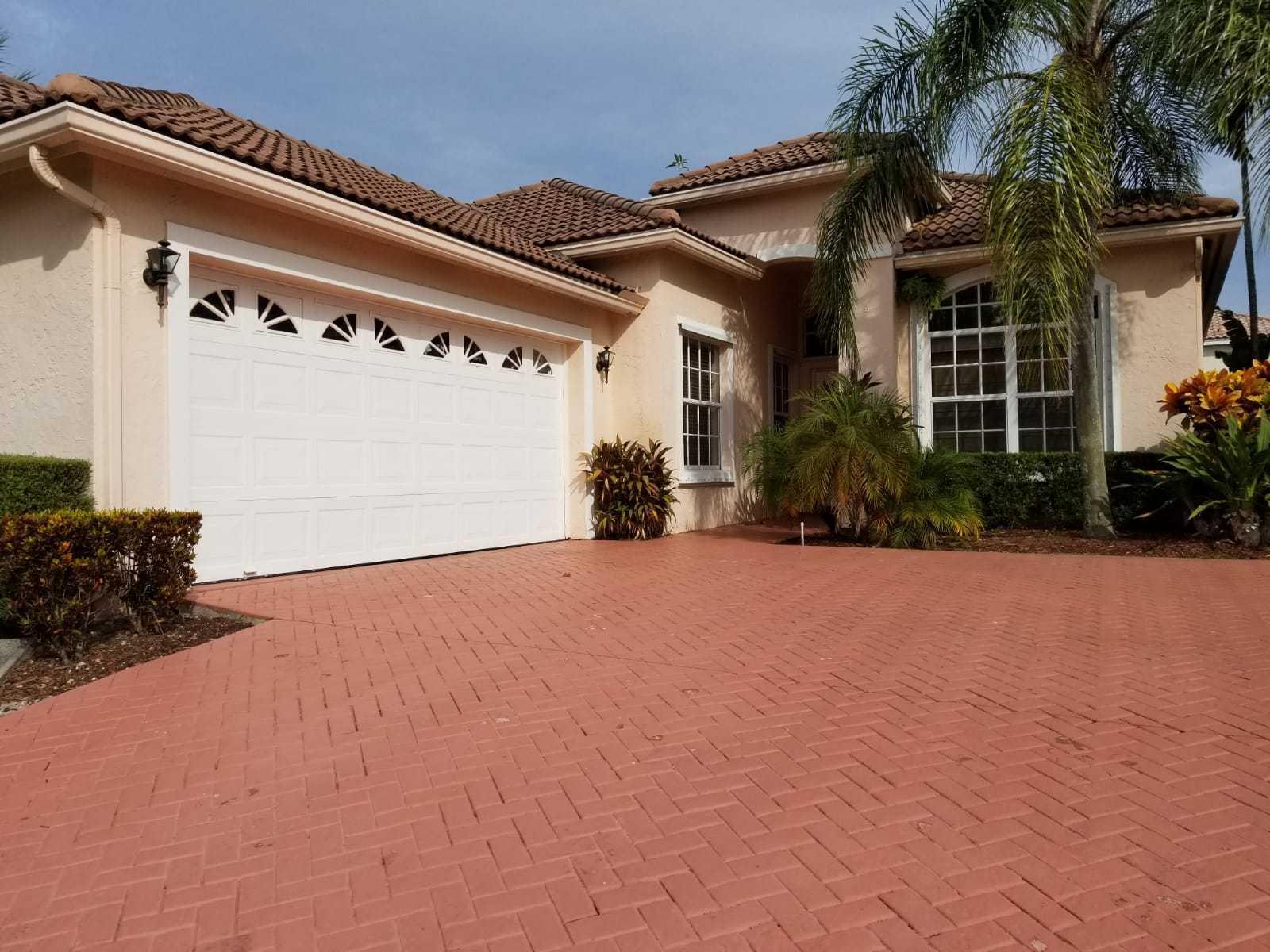 10860 La Salinas Circle Boca Raton, FL 33428