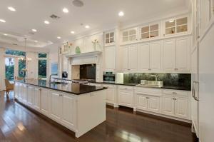 Kitchen (Oceanview)
