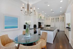 Kitchen (Ocean View)