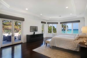 Master Suite (Ocean View)