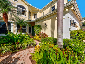 110 Palm Point Circle, B, Palm Beach Gardens, FL 33418