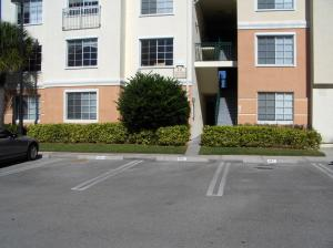 10101 W Myrtlewood Circle, Palm Beach Gardens, FL 33418
