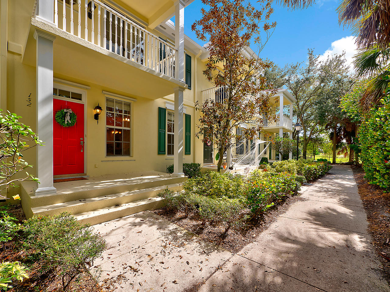 Charleston Court at Abacoa Townhouse