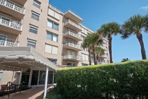 170 N Ocean Boulevard, 410, Palm Beach, FL 33480