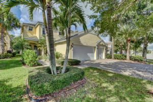 270 Kensington Way, Royal Palm Beach, FL 33414