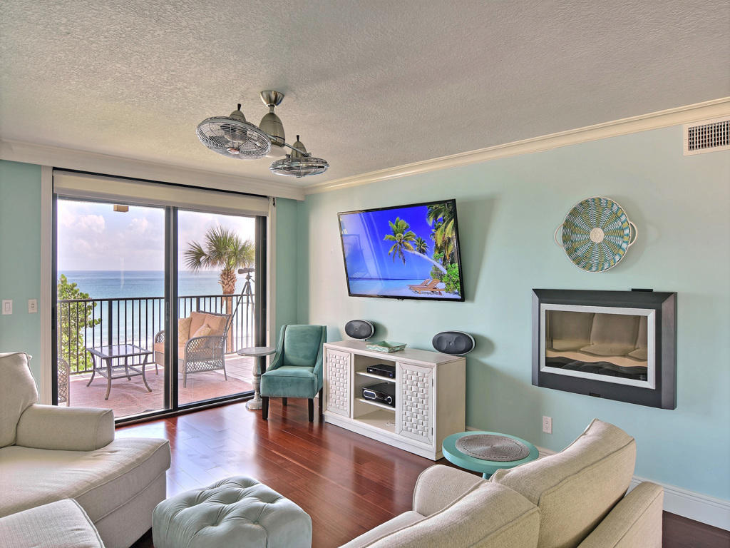 4800 Highway A1a, Vero Beach, Florida 32963, 3 Bedrooms Bedrooms, ,3.1 BathroomsBathrooms,Condo/Coop,For Sale,Highway A1a,2,RX-10479907