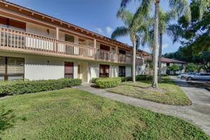 157 Brackenwood Road, Palm Beach Gardens, FL 33418
