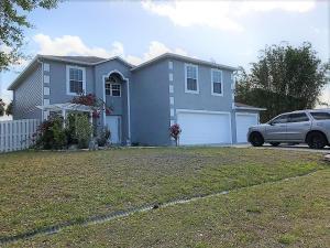 900 SW Abingdon Avenue, Port Saint Lucie, FL 34953