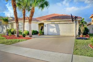 5150 Prairie Dunes Village Circle, Lake Worth, FL 33463