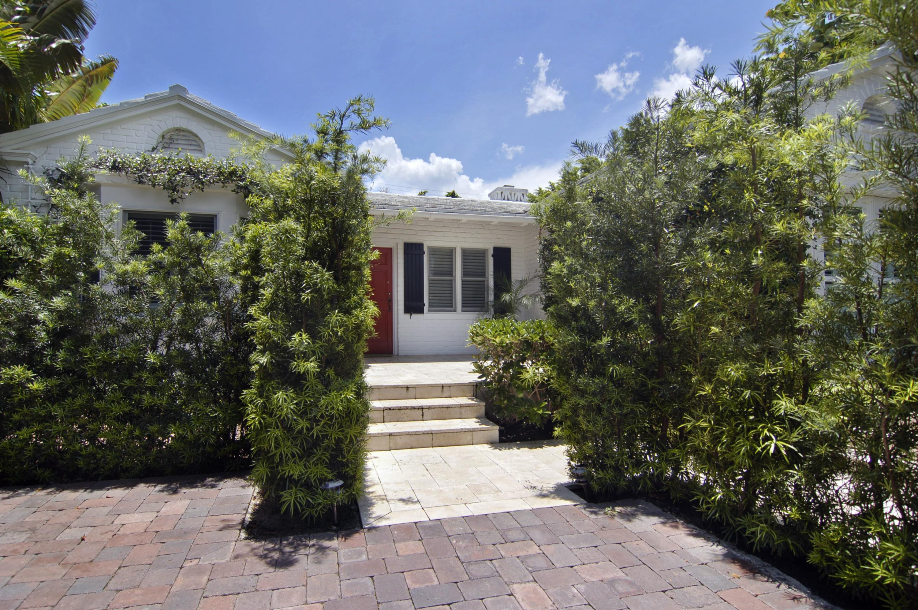 160 Chilean Avenue, Palm Beach, Florida 33480, 3 Bedrooms Bedrooms, ,3.1 BathroomsBathrooms,Single Family,For Rent,Chilean,1,RX-10480323