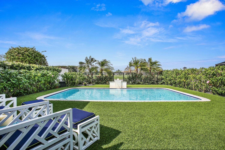 2427 Windsor Way Court, Wellington, Florida 33414, 3 Bedrooms Bedrooms, ,3 BathroomsBathrooms,Townhouse,For Sale,Windsor Way,Windsor Way,1,RX-10482025