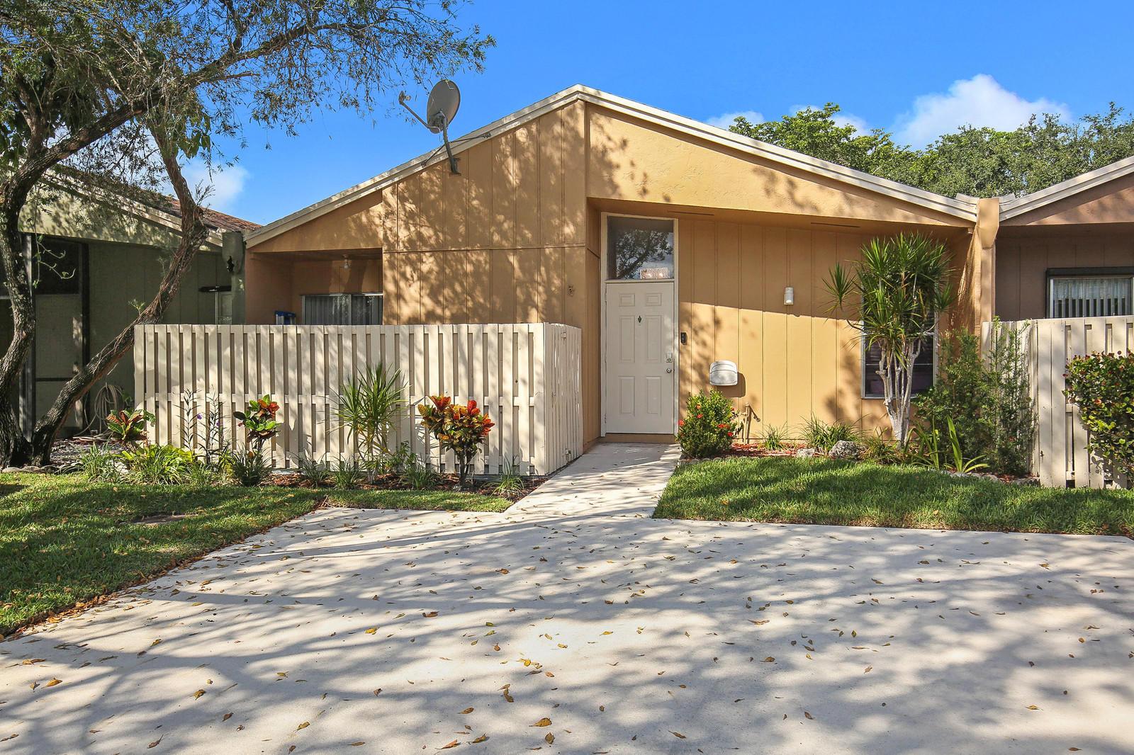 22291 Misty Woods Way Boca Raton, FL 33428