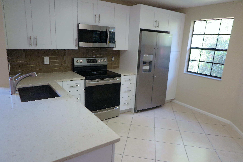 6658 Montego Bay Boulevard Boca Raton, FL 33433