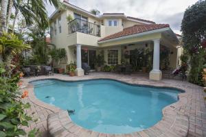 735 Sandy Point Lane, North Palm Beach, FL 33410