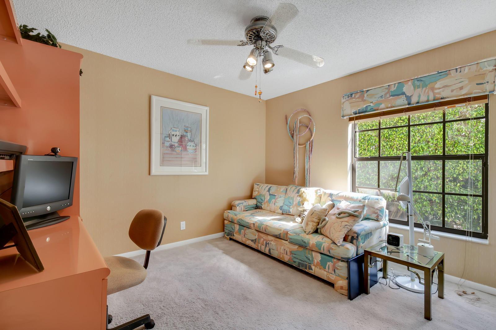 7978 La Mirada Drive Boca Raton, FL 33433