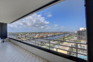 2901 S Ocean Boulevard, Highland Beach, FL 33487